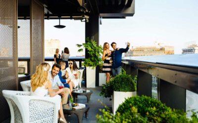 Raggiungi i migliori locali estivi di Milano in limousine